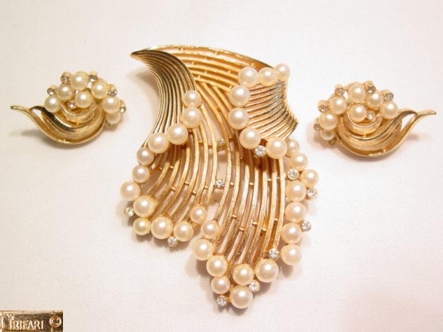 Trifari Splash of Pearls Pin and Earrings