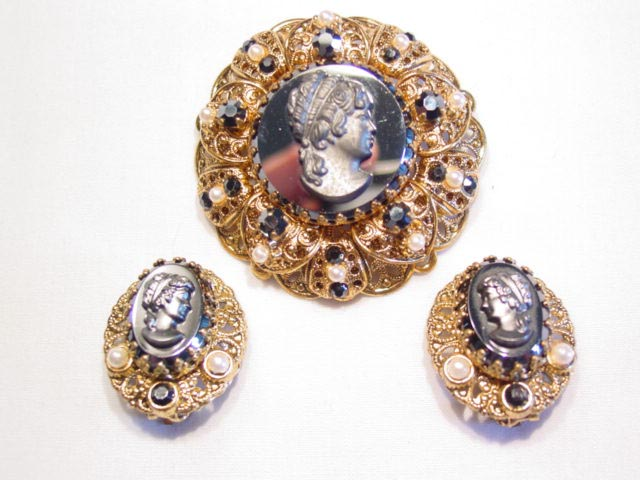 Wonderful Hematite-Colored Cameo West German Pin and Earrings Set
