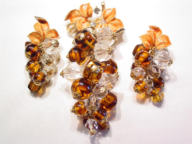 >Brown and Clear Glass and Plastic Grape Cluster Pin and Earrings Set