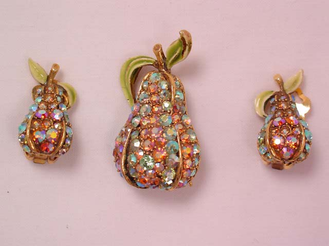 Art Aurora Borealis Pear Pin and Earrings Set