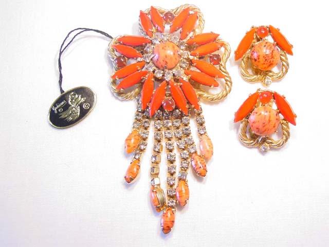 Beautiful Coral-Colored Rhinestone Juliana Pin and Earrings