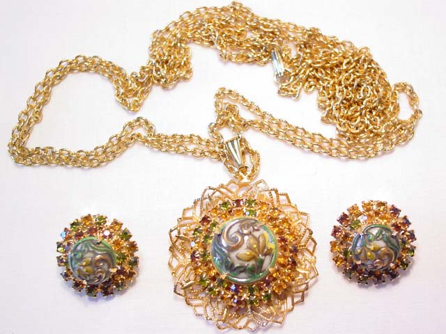 D&E Topaz and Green Pressed Floral Art Glass Necklace and Earrings Set