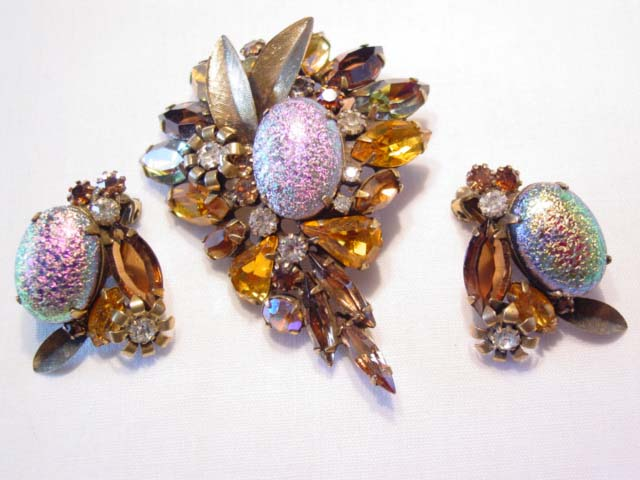 Delizza and Elster Art Glass and Topaz Rhinestone Pin and Ea