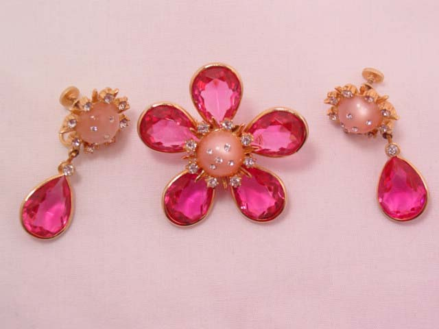 Bright Pink Flower Pin and Earrings