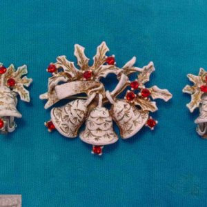 Snowy White Bells and Holly Dodds Pin and Earrings Set