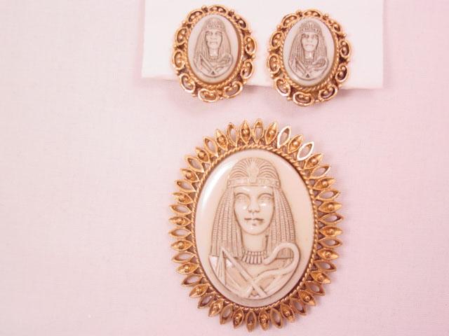 Glass Egyptian Cameo Pin and Earrings Set