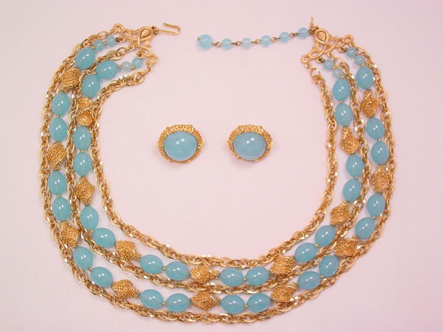 Baby Blue and Goldtone Trifari Necklace and Earrings Set