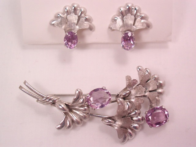 Beautiful Carl Art Sterling and Purple Chrysanthemum Pin and Earrings