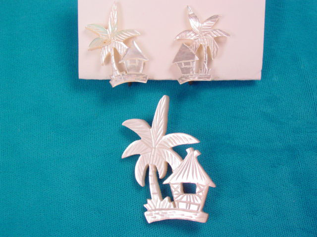 Cabana Under a Palm Tree Mother of Pearl Pin and Earrings Set