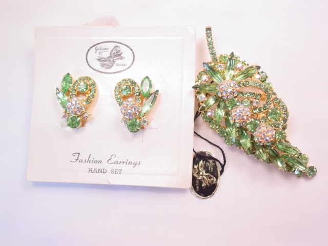 Stunning Lime Green Juliana Pin and Earrings Set with Tag