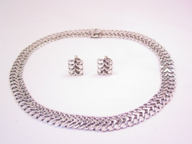 TNC Stylized Infinity-Link Mexican Sterling Necklace and Bracelet Set