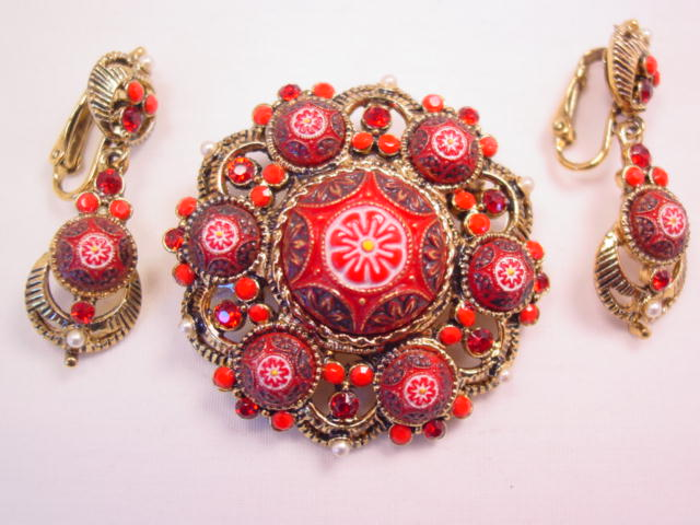Unusual Red Art Glass Pin and Earrings Set