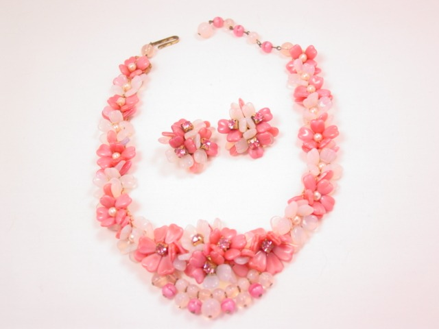 Beautiful West German Opaque White and Pink Glass Flower Necklace