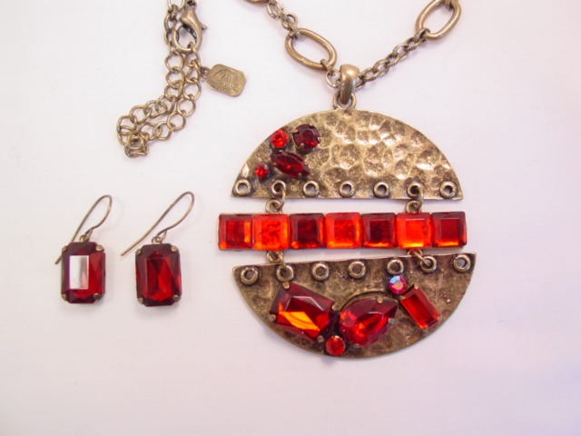 You & I Red Plastic Rhinestone Necklace and Earrings Set